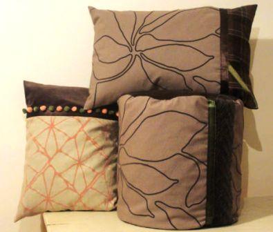 stijlvolle kussens met bloemmotieven