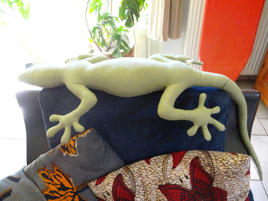 salamanderkussen, knuffel