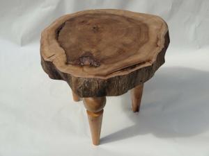 lage houten kruk