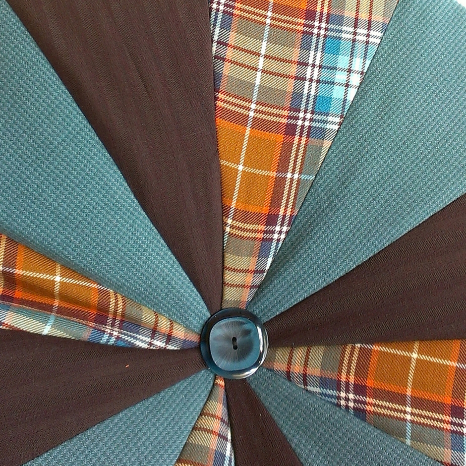 blauw-bruin-oranje poef